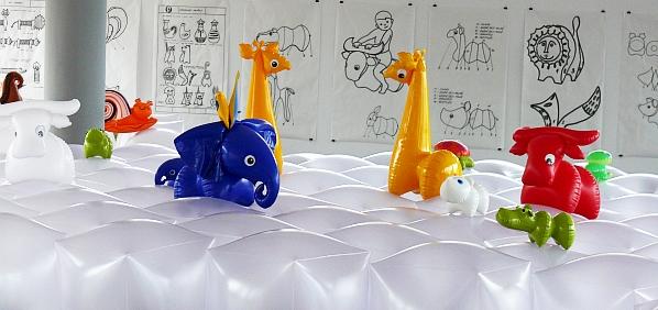 Nafukovací hračky z Fatry od designérky Libuše Niklové
