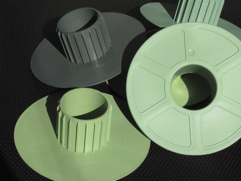 Kunststoff-Schutz Köpfe