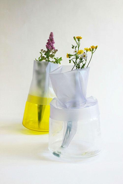 Tomáš Krejčí - Vázy z PVC fólie